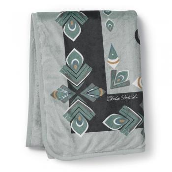 Elodie-Details-Pearl-Velvet-Blanket-Everest-Feathers.jpg